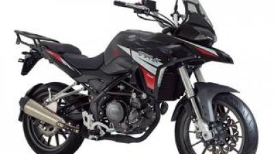 ベネリ「TRK251」【1分で読める 2021年に新車で購入可能な250ccバイク紹介】