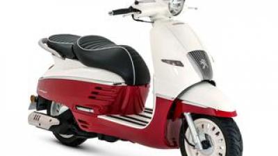 プジョーモトシクル「ジャンゴ150 エバージョン ABS / ABS DX」【1分で読める 2021年に新車で購入可能な150ccバイク紹介】
