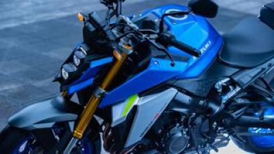 """完全に化けた!? 新型『GSX-S1000』は先代モデルと""""違うライン""""で走るバイクだ!【SUZUKI GSX-S1000(2021)/試乗インプレ・レビュー④ まとめ編】"""