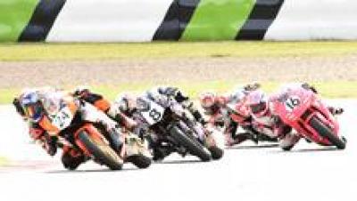 <全日本ロードレース> 梶山采千夏、逆転チャンピオン!<br /> ~WebオートバイはJP250を熱烈応援します