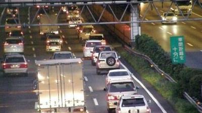 【悲報】中央道65キロ渋滞、東名高速55キロ渋滞wwwwwww