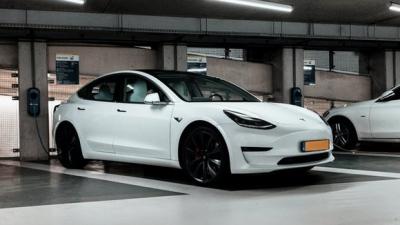 9月のノルウェー新車販売、EVが8割に迫る