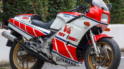 '80s国産名車・ヤマハRZV500R再見【2ストV4を搭載するGP500レプリカ】