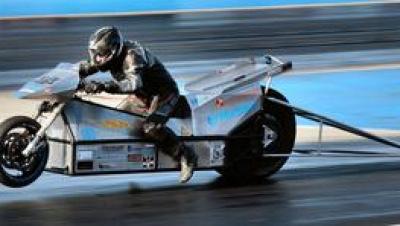 現在の電動ドラッグバイクの1/4マイル世界最速記録、あなたはご存知でしょうか?