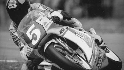 転倒事故で31年間半身麻痺だった二輪レーサー逝去:ラインハルト・ロス