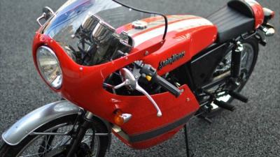 カフェレーサーって既存のバイク改造するしかないのか