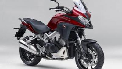 ホンダ「VFR800X」【1分で読める 2021年に新車で購入可能なアドベンチャーバイク紹介】